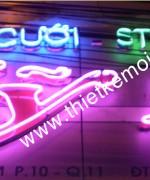 Den neon sign